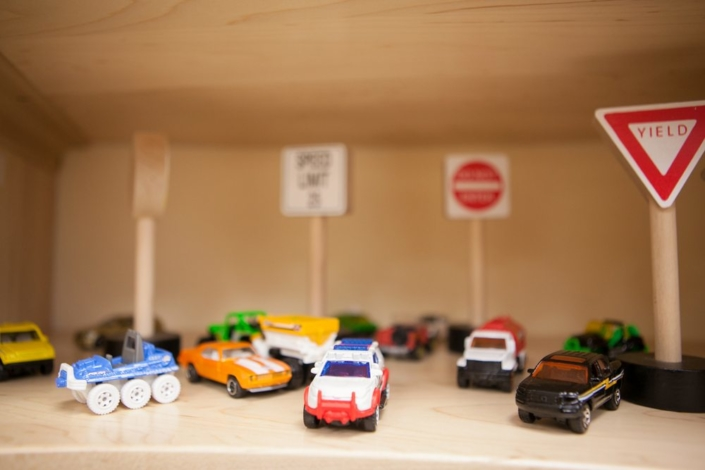 Children's Discovery Center car toys